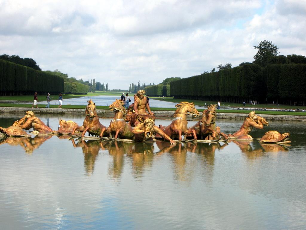 VersaillesFountain.JPG
